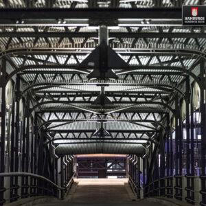 Hamburg Landungsbrücken auf Holz