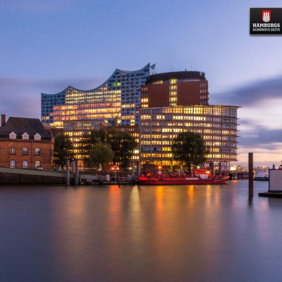 Hamburg Elbphilharmonie auf Holz